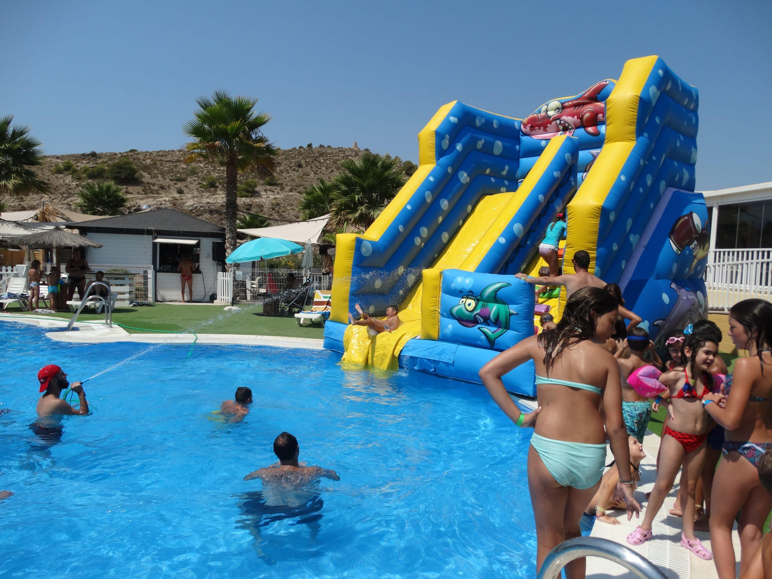 hinchable piscina camping el torres